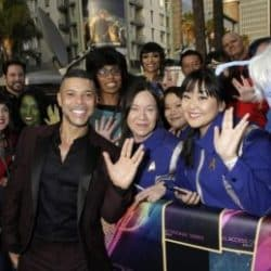 Wilson Cruz with a group of Star Trek fans