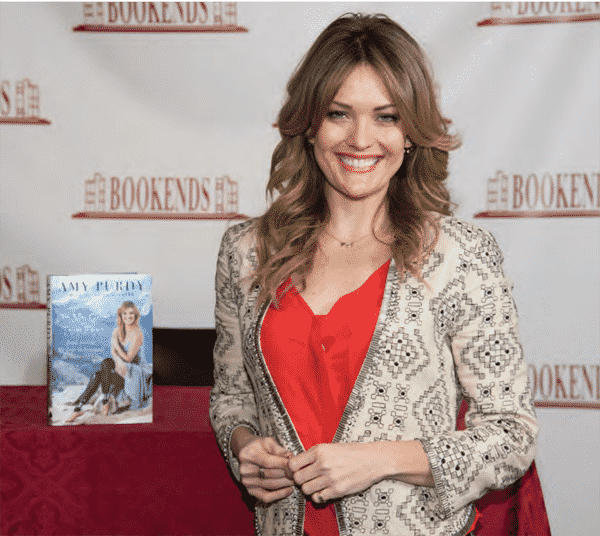 Amy Purdy signs copies of On My Own Two Feet at Bookends Bookstore